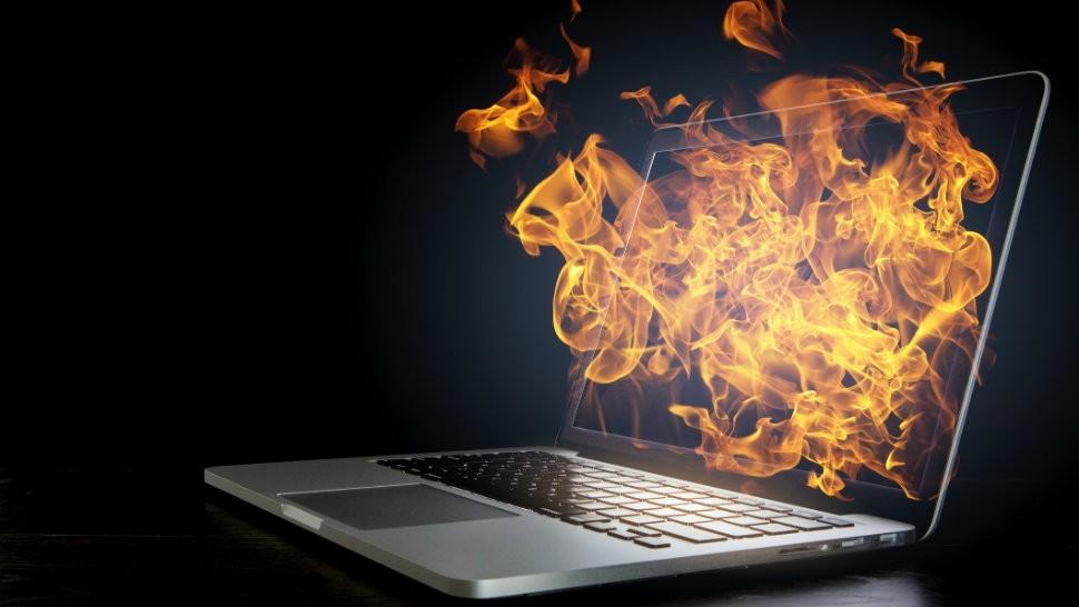 ¿Tu laptop se calienta mucho?